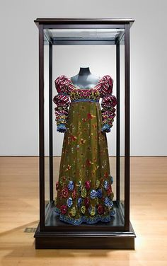 Yinka Shonibare - Fanny's Dress  Dutch wax printed cotton textile, glass and wooden vitrine    154.94 x 66.04 x 48.26 cm    ©2011, Yinka Shonibare MBE