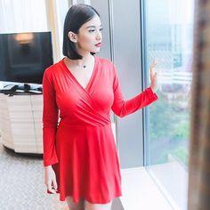 @chelseaoliviaa Hi siapa yang suka bingung kalau belanja dress tapi takut ga pas sizenya aku sa Instagram And Snapchat, Wrap Dress, Celebrities, Dresses, Fashion, Vestidos, Moda, Celebs, Fashion Styles
