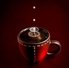 coffee, droplets and fluid dynamics = perfect photo