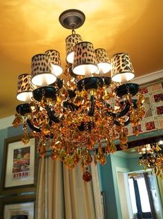 OH MY GOSH!! Diy spoon and teacup chandelier I want to make