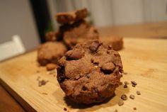 HandsoffmyFOOD!: SKINNY SINNER: Chocolaaaade koekjes! Mét chocoladestukjes! Maar zonder eitjes, zuivel en geraffineerde suiker. Jippie! Het kan!