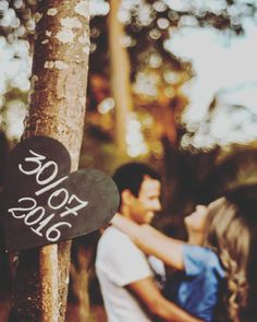 Useful Wedding Event Planning Tips That Stand The Test Of Time Pre Wedding Poses, Pre Wedding Shoot Ideas, Pre Wedding Photoshoot, Wedding Fotos, Wedding Ideias, Wedding Hair Pictures, Wedding Events, Wedding Day, Weddings