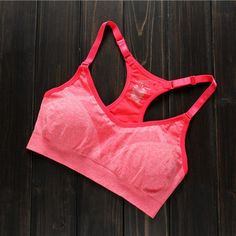 New Women Sports Bra Professional Yoga Shirts Hot Female Yoga And Fitness Bra Tops