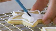Watch How to Frost Sugar Cookies in the Better Homes and Gardens Video