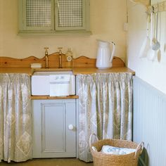 Country-style utility room- take doors off unter counter top?