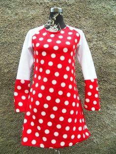 f2fabc09940 Kleid Tunika Hänger Punkte Dots Fleece rot weiß von Zellmann Fashion auf  DaWanda.com