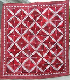 Red & White Pineapple Blossom, a Bonnie Hunter design by Nancy at Patchwork Penguin