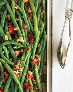 Holiday colours abound in this crisp, fresh side dish. To save time in the kitchen, blanch the beans and prep the remaining ingredients up to two days ahead. That leaves onlyabout five minutes of cooking time just before serving. Green Bean Recipes, Vegetable Recipes, Vegetarian Recipes, Cooking Recipes, Healthy Recipes, Cooking Time, Tasty Dishes, Food Dishes, Quick Easy Healthy Meals