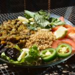 Three Reasons Why Vegan Diet Can Be Your Best Option - Info Services Why Vegan, Plant Based Protein, How To Eat Less, Going Vegan, Plant Based Recipes, Nutrition, Salad, Diet, Cooking