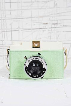 "50 euro // Lomography Diana Dreamer Camera in Mint Green // Dating back to the early 1960s, the all-plastic Diana camera is a cult classic famous for its dreamy, radiant, lo-fi images. The camera features a removable, plastic lens, two shutter settings, three aperture settings, two image formats, panorama setting and a built-in shoe flash mount. It comes with the new ""Diana Vignettes"" book full of over 200 pages of Diana History and stories."