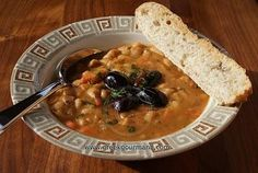 How To Make rustic bean soup