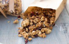 Crunchy Homemade Granola Do not use oil, vanilla or brown sugar