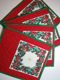 Christmas Quilted Mug Mat Set, Christmas Quilted Snack Mat Set, Vintage Christmas Decor, Set of 4, Quiltsy Handmade by VillageQuilts on Etsy