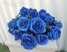 New flowers bouquet wedding blue roses 28 Ideas Boquette Wedding, Diy Wedding Bouquet, Wedding Table Flowers, Diy Bouquet, Wedding Flower Arrangements, Wedding Blue, Wedding Decor, Wedding Reception, Wedding Dresses