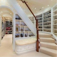 Now THAT'S a walk-in wardrobe!