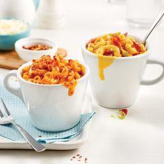 Mac'n cheese dans une tasse en deux versions