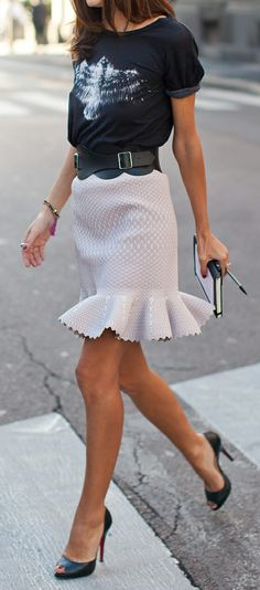 Flared Skirt + T                                                                                                                                                                                 Más
