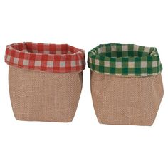 Add a country-chic touch to a festive vignette or present a hostess gift in style with this delightful burlap bag, featuring a classic checkered design.