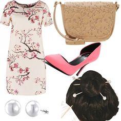 Outfit d'ispirazione orientale composto da abitino a mezza manica stampato, scarpe d'Orsay rosa, tracollina beige con ricami, orecchini a perla e per concludere bastoncini con perle per capelli.