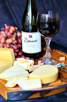 Guide to Pairing Wine and Cheese
