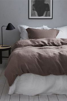 21 The Pottery Barn Bedding Collection Is Made for Mixing and Matching., 21 The Pottery Barn Bedding Collection Is Made for Mixing and Matching. Small Room Bedroom, Trendy Bedroom, Home Bedroom, Room Decor Bedroom, Modern Bedroom, Bedroom Furniture, Bedrooms, Bedroom Inspo, Cheap Furniture