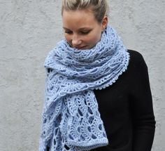 Crochet a lace scarf? With this pattern and the beautiful yarn of Lana Grossa Arioso you can make a heavenly scarf or wrap. Take a look at the free pattern. gratis Schal Free Pattern: Crochet a lace scarf Crochet Lace Scarf, Crochet Shawls And Wraps, Knitted Shawls, Crochet Scarves, Lace Knitting, Knitting Patterns, Knit Crochet, Crochet Patterns, Scarf Patterns