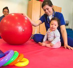 Beatriz y su mami Marcela vienen desde San Ignacio al Centro de Paraguari para recibir su rehabilitación!  Solo con tu aporte vamos a atender a más niños y niñas como Bea.   El 4 y 5 de noviembre si estás vos #EstamosTodos