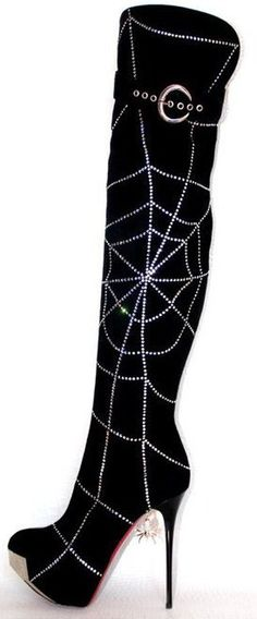 Goth:  #Spider ~ Spiderweb boot. Ugly Shoes, Sock Shoes, Halloween Fashion, Halloween Shoes, Fashion Shoes, Fashion Accessories, Gothic Shoes, Splendid Shoes, Boot Jewelry