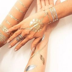 Grab your besties and some festytatts and your set!There's nothing better than looking fab with your friends❤️ #festylove #gypsyfashion . . . . . . . . #festivalgear #flashtats #hippiechic #bohochick #bohostyle #desertstyle #hippiegypsy #silver #metallic #festy #bohochic #gypsyfashion #desertvibes #gypsystyle #instaworthy #instalike #instafamous #instalove #photooftheday #flashtattoos #bohofashion #coachella #bohemian #bohemianstyle #festivalseason #festivalmakeup #standout #getnoticed