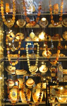 talllinn old town - amber jewelry Forget the map! Tallinn Old Town is perfect for soaking up its history by strolling aimlessly and letting your curiosity guide your feet. See these pictures of Tallin Old Town. Amber Earrings, Amber Jewelry, Diy Jewelry Projects, Amber Ring, Cowgirl Bling, Chunky Jewelry, Baltic Amber, American Jewelry, Turquoise Jewelry