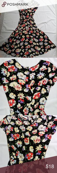 Beautiful Floral Liz Claiborne Cinch Waist Dress EUC, this is a great and comfortable dress made of 100% rayon so easy care. Elastic cinch waist exesenuates this beautiful dress. Liz Claiborne Dresses Maxi