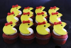 Pac Woman Cupcakes, Custom Favors, Party Favors, Gifts, Edible