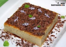 [photopress:tarta_queso_alcachofas.jpg,full,centro] Esta Tarta de queso y alcachofa os va a sorprender, está deliciosa, ofrece un sutil sabor a alcachofa que marida muy bien con el resto de ingredientes. Tiempo atrás nos resultaban extrañas las elaboraciones dulces con alcachofa, pero esta flor con su sabor tan característico es más versátil de lo que podamos imaginar. Esta receta de Tarta de queso es muy sencilla de hacer, como esta receta de Tarta de queso, la Tarta de queso con caramelo…