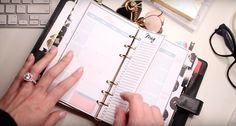 2017 Ultimate Planner Setup in the Louis Vuitton MM Personal Sized Agenda Louis Vuitton Planner, Louis Vuitton Mm, Organizing Paperwork, Planner Organization, Organization Station, Agenda Planner, Filofax, Making Ideas, Content