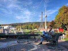 Die kleine Welt. 🌍  #Frankfurt #minimundus #travelgram #mapreading Frankfurt, Dolores Park, Patio, Instagram, Places, Outdoor Decor, Travel, Home Decor, World