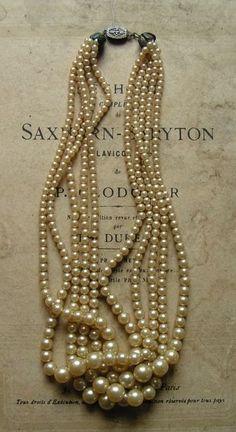 I love pearls <3
