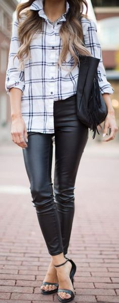 Mia Mia Mine Blak Sandals Black Leather Pants Back Sandals Fall Inspo #Fashionistas