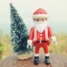 SANTA IS COMING. #Christmas #Xmas #Santa #playmobil #playmobilfigures #toy #toys #toystagram