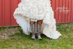 Spring Wedding in North Carolina, Rustic Barn, Wedding, Burlap, Bridal Session, Boots, Dress, Copyright Jennifer Strange Photography