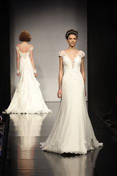 Italy Bridal Expo 2014 Anna Tumas - sfilata e collezione2014 wedding dress photo: Cesare Colognesi