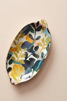 Slide View: Melbourne Soap Dish click now for info. Ceramic Clay, Ceramic Painting, Ceramic Plates, Ceramic Pottery, Pottery Art, Ceramic Soap Dish, Pottery Painting Designs, Sculptures Céramiques, Pottery Classes