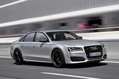 A Audi vai lançar no Brasil, o luxuoso S8 Plus com motor V8 biturbo de 605 cv, câmbio automático de oito marchas e tração integral. Leia mais...