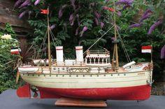 Marklin SPREE Germany 1890s world record endurance clockwork boat liner ship P&o Cruises, Travel Tags, Deck Plans, National Treasure, Press Photo, World Records, Model Ships, Sailing Ships, Germany