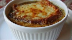 Learn how to make an American French Onion Soup Recipe! - Visit for the ingredients, and over 700 additional original video recipes! I hope you enjoy this American French Onion Soup Recipe!