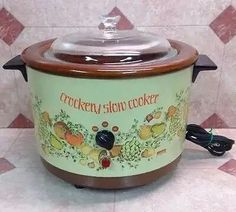 Crock Pots, Crock Pot Slow Cooker, Slow Cooker Recipes, Microwave Recipes, Advertising, Kitchen Appliances, Drink, Retro, Vintage