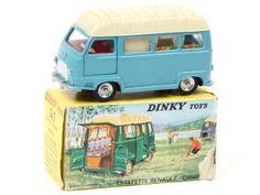 DINKY TOYS (FRANCE) 565 RENAULT ESTAFETTE Camping bleu ciel, toit crème A.d 2 pneus séchés - quelques micro-éclats sur les passages de roues 130€