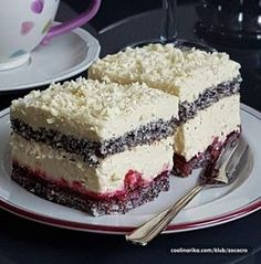 Mak kocke sa visnjama by Lilest ! Baking Recipes, Cookie Recipes, Dessert Recipes, Cake And Cupcake Stand, Cupcake Cakes, Kolaci I Torte, Torte Cake, Chocolate Bundt Cake, Baking Cupcakes