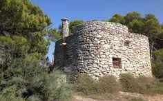 Stone trullo on Isola Coniglio