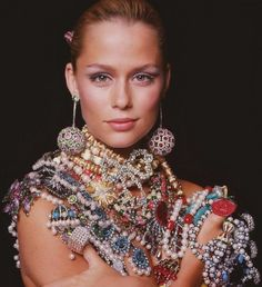 Jewelry Inspiration: Lauren Hutton - Sarara Couture