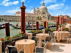 Hotel Monaco & Grand Canal Venice Restaurant View    #monogramsvacation